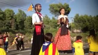 Els Gegants de Prades a la Via Catalana - No volem ser...