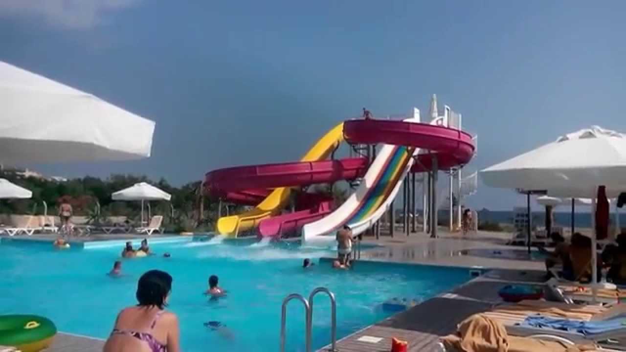 Hotel Raymar Resort Side