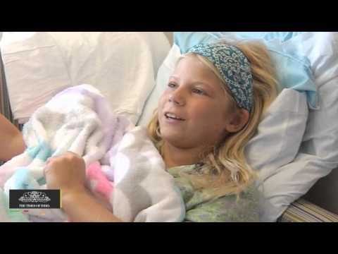 Shark Bite | 10 Year Old Girl Goes Back In Water To Save Friend