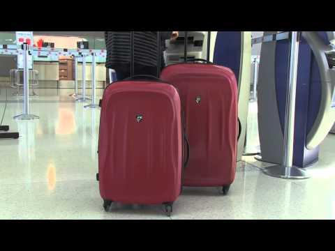 Heys 22 Spinner And Beauty Case Hardside Luggage Set W Doovi