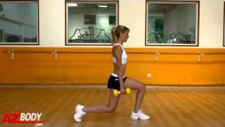 Musculation pour femme - Fentes avant 2 haltères