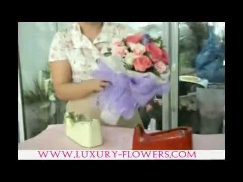 """Round Bouquet ::: การจัดช่อดอกไม้ แบบ """"ช่อกลม"""" by LUXURY FLOWER"""