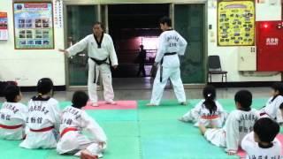 2013-0413 跆拳道 被動式/主動式  對打技巧(教練教學)