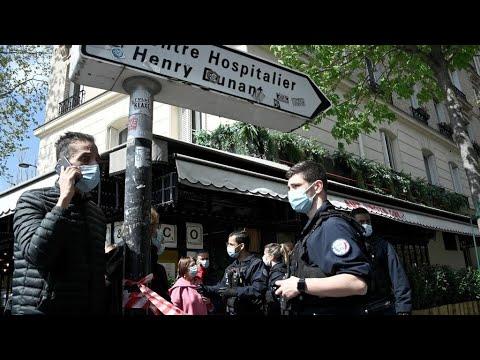 One dead, one injured in Paris hospital shooting