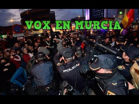 VOX vs Antifascista en Murcia
