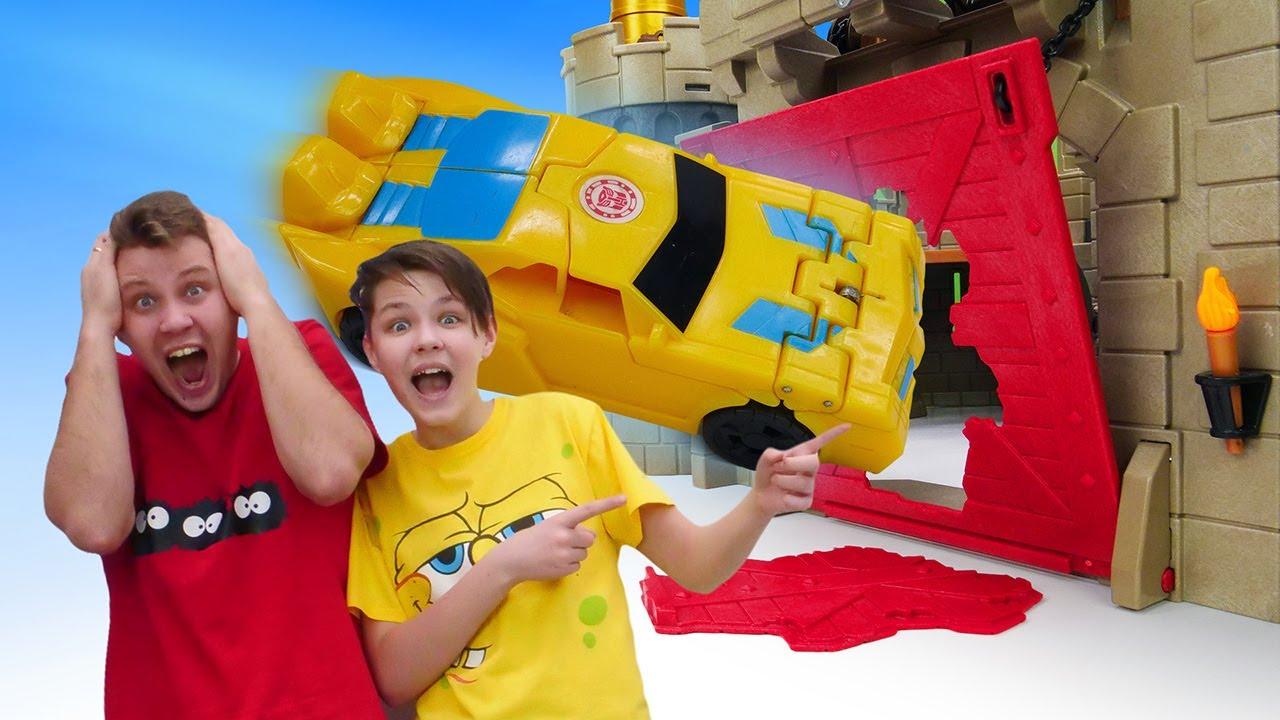 Бамблби на осаде крепости Мегатрона! Игры Трансформеры. Автоботы vs Десептиконы в видео шоу онлайн.