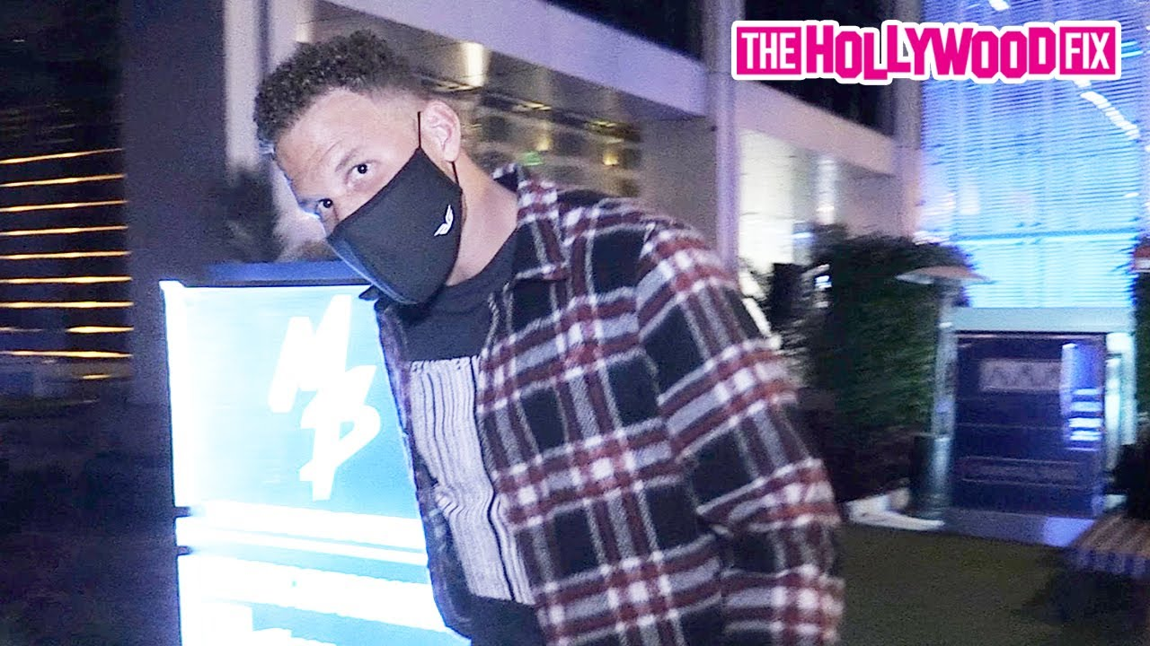 Download Blake Griffin Reacts To The Lakers Winning The NBA Championship While Arriving To BOA Steakhouse