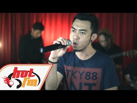 ESTRANGED - HANCUR AKU (LIVE) - Akustik Hot - #HotTV