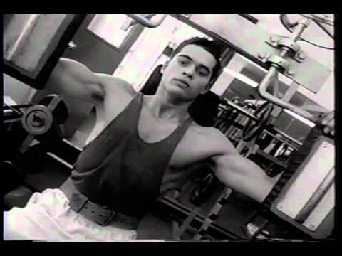 Simon & Garfunkel -- The Boxer (music video)