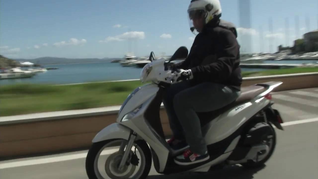 Medley, El Nuevo Scooter De Rueda Alta De Piaggio