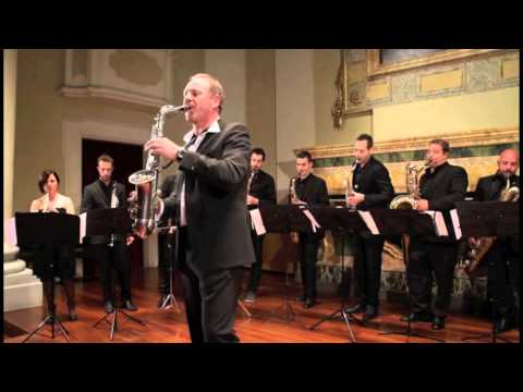 ITALIAN SAXOPHONE ORCHESTRA Tango Club - Molinelli Travel Video