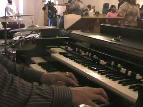 Derrik Cooper on organ-praise break