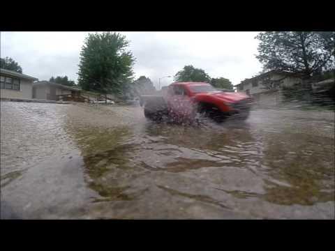 Traxxas Slash Vxl In The Rain