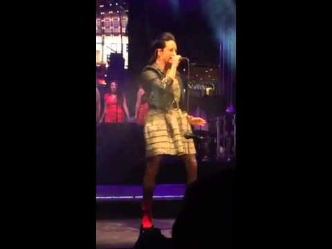 Kat Perkins Sings Chandelier at the Beverly Hills Holiday T - YouTube