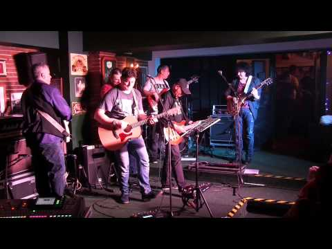 BLUE MOTORS & FRIENDS - ''Saturday Night Blues'' @ Sport's Pub, Buzau, 3.01.2015 (full concert)