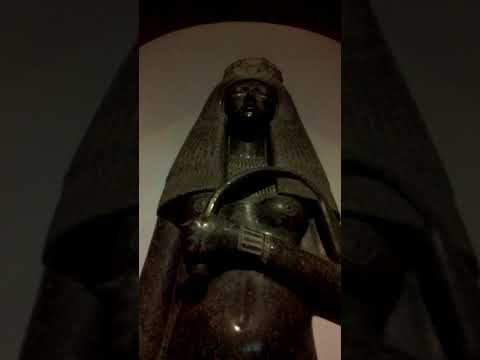 Amazingly Detailed Ancient Egyptian Statues