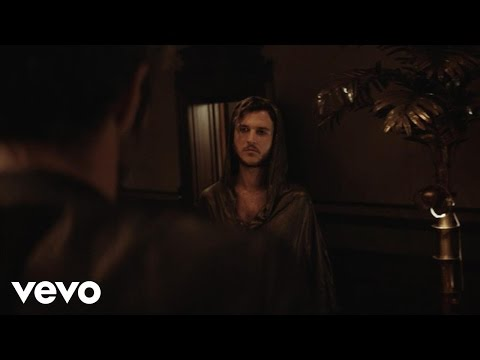 Oscar and the Wolf - The Game (Official Video)