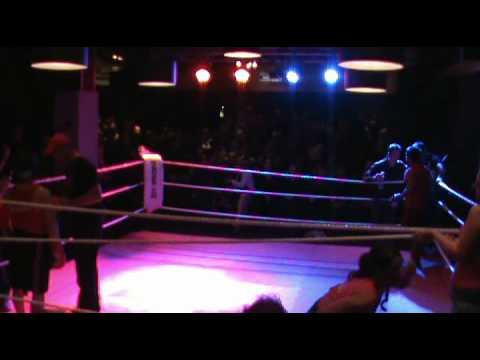 Alex Brown verses Daemon Sani - Boxfit Gym Spar in...