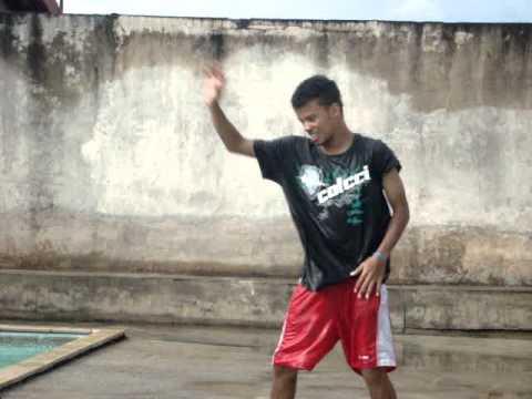 Paulinho nos ensinado á dançar
