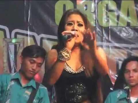 Shelly Rossi - Secawan Madu Live @ Pamanukan