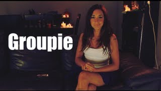Daniela en el sillón: Manual de una Groupie