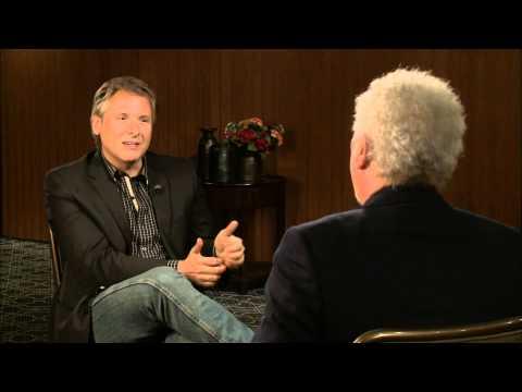 InnerVIEWS with Ernie Manouse: Tom Jones