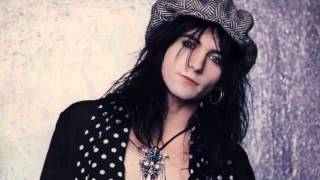 Watch LA Guns Magdalaine video