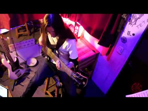 Pronoia - El Ciego (Bass Playthrough) Bruno Fickera.