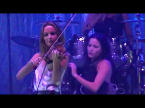 The Corrs, Belsonic Belfast Part 2 I Do What I Like, Give Me A Reason  Bring On The Night Erin Shore