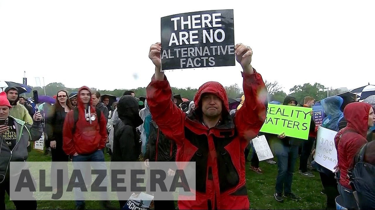 Thousands protest across US on Earth Day