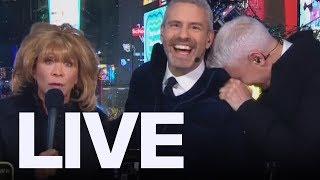 Anderson Cooper Loses It During Cheri Oteri's Barbara Walters Impression On NYE  | ET Canada LIVE