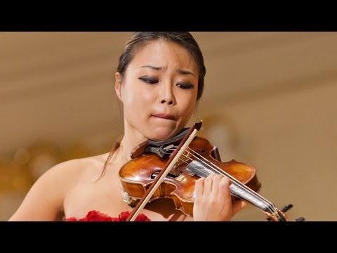 Soyoung Yoon plays at 14th International Henryk Wieniawski Violin Competition 2011 (Stage 2)