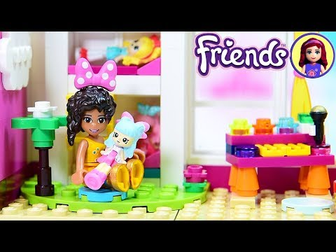 Little Andrea's Toddler Bedroom with Dollhouse - Lego Friends Girls Bedroom Custom Build DIY