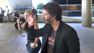 Keanu Reeves Arrives At LAX Looking Handsome, Part 2