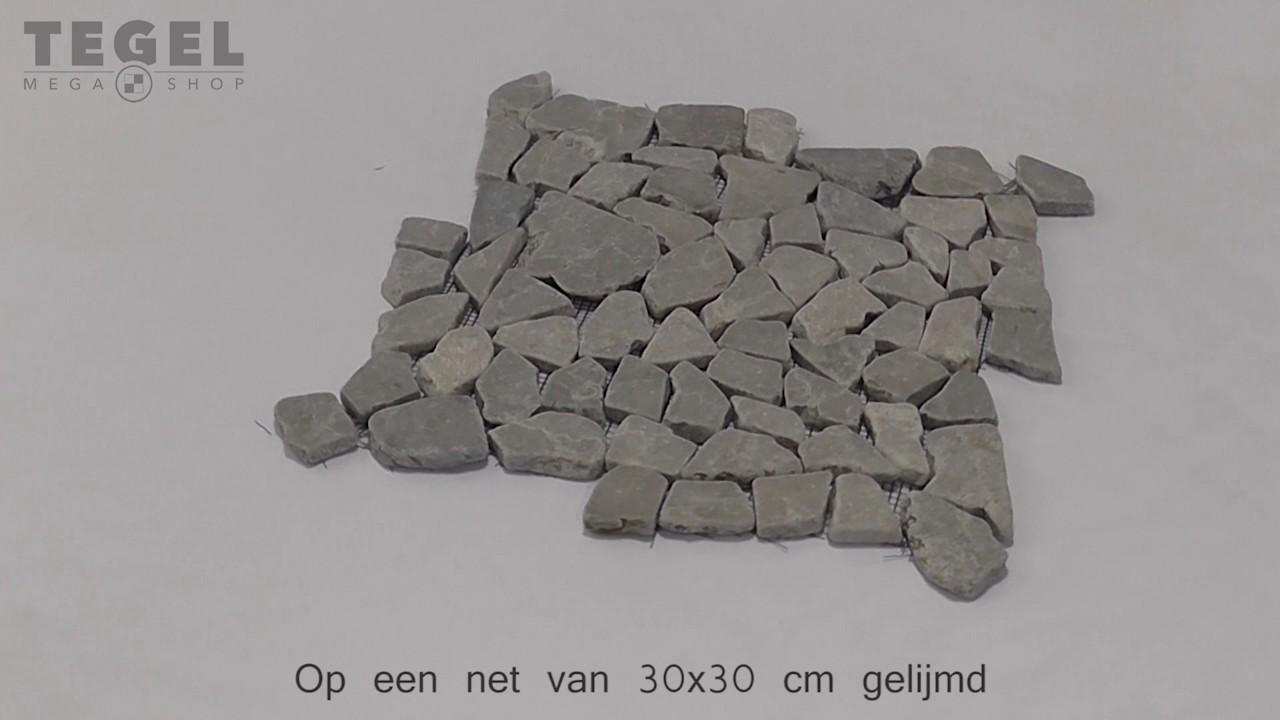 Mozaiek Tegels Gamma : Mozaiek riverstones light grey marmer getrommeld mixed maten youtube