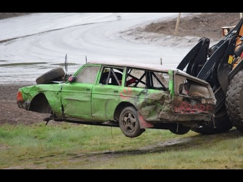 Åsa-Nisse racet i Vimmerby 2016 Krascher & moments - med stor krasch