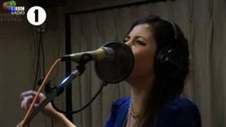 Marina and the Diamonds perform Mowgli's Road on BBC1