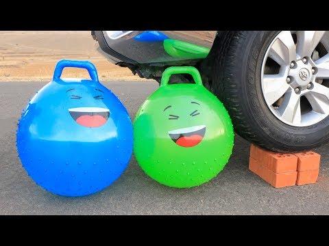 aplastando-cosas-crujientes!-bolas-gigantes-vs-rueda-de-coche
