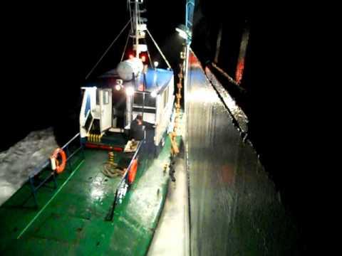 DSCN0976 portmaster boards ship