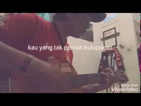 Acoustic- Lyrik lagu Persija Menyatukan Kita Semua~