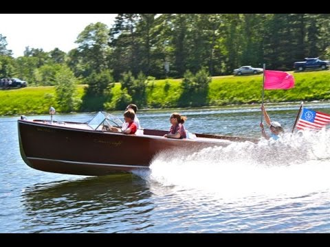 The 2014 Whitefish Chain Antique and Classic Wood Boat Ronde