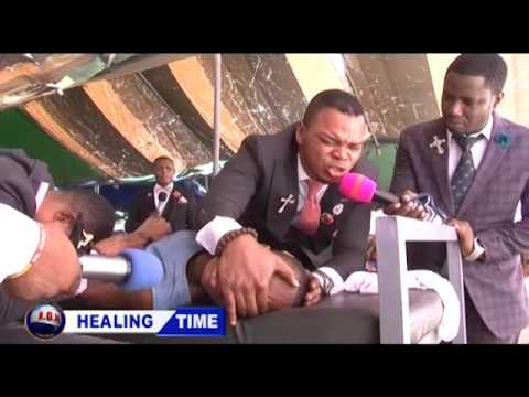 ANGEL OBINIM INSTANTLY HEALS A TOTALLY BLIND GIRL WITH HER E