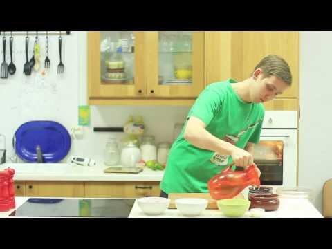 Индейка с печеными овощами в горшочке по-домашнему