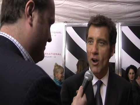 Clive Owen with Brad Blanks at THE INTERNATIONAL Premiere