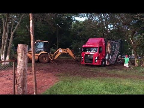 Constellation Power Pesadelo Passa Dois Dias Atolado no Paraguay