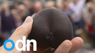 Hundreds turn out for World Black Pudding Throwing Championships