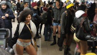 Как прошел общемировой флешмоб  В метро без штанов