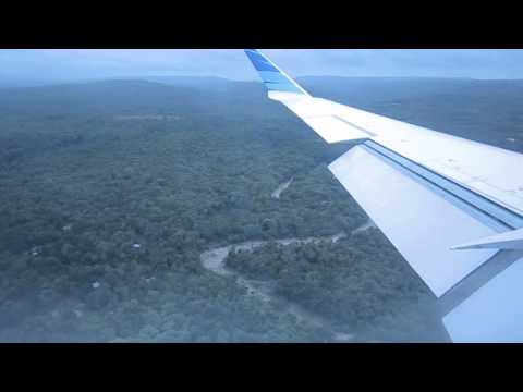 Garuda Indonesia CRJ1000 NEXTGEN landing at El Tari Airport Kupang from Juanda International Airport
