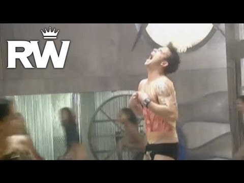 Robbie Williams | 'Rock DJ' | Getting Under Robbie's Skin