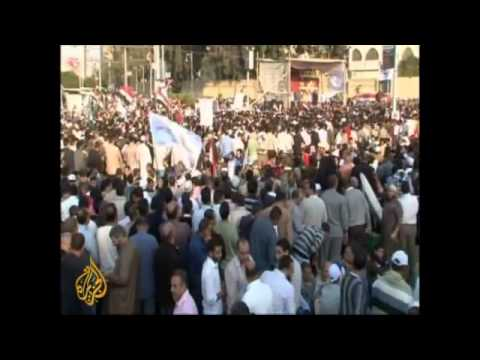 Egypt: high-wire acts || Morsi decree prompts mass protests in Egyptian cities